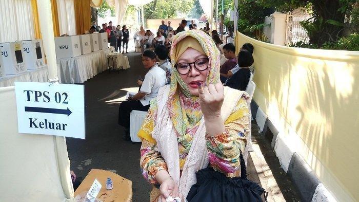 Siti Hardijanti Rukmana atau sering dikenal dengan nama Mbak Tutut.