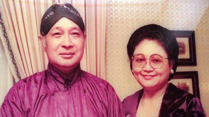 Soeharto dan Ibu tien Soeharto