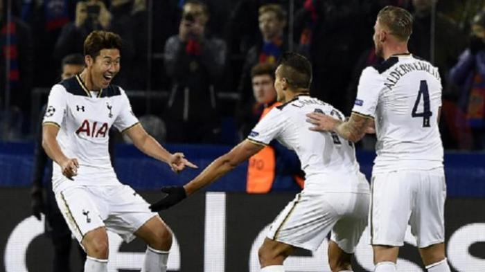 SEDANG TANDING! Man United vs Tottenham, Seru Skor Sementara 1-2, Tim Asuhan Mourinho Comeback