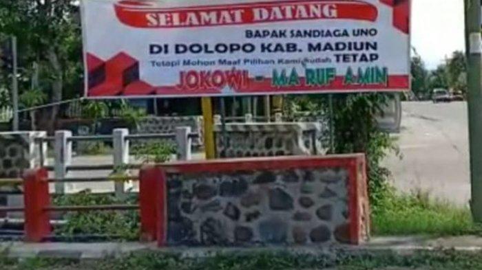 Sandiaga Uno Disambut Spanduk Selamat Datang Bapak Sandiaga, tapi Maaf Kami Tetap Jokowi-Ma'ruf