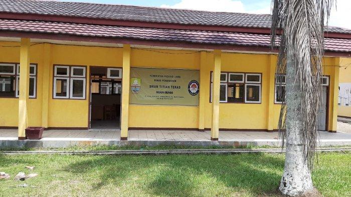 Pembanguan SMA Titian Teras Muaro Bungo Tidak Selesai, Siswa Terancam Menumpang Belajar Kembali