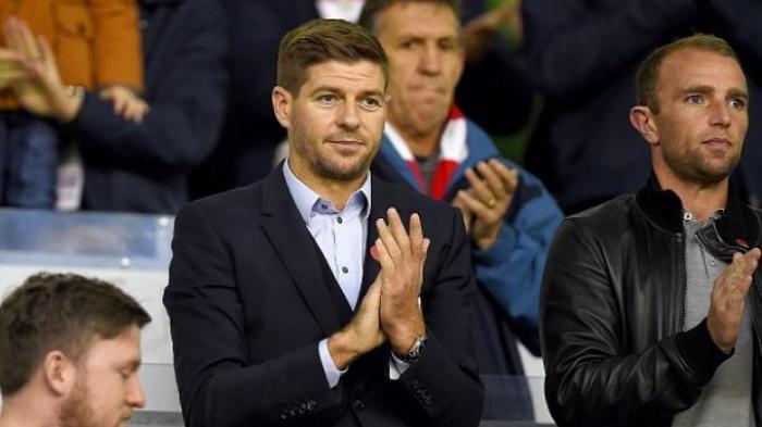 Steven Gerrard di Anfield menyaksikan laga Liverpool kontra Crystal Palace