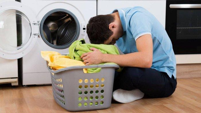 Hukum Suami Cuci Pakaian Sendiri Menurut Nabi Muhammad SAW, Para Istri Mesti Tahu!