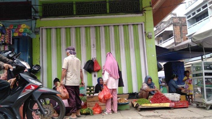 Dilema Pedagang Ketika Diharuskan Pindah ke Pasar Angso Duo, 'Bagaimana Kita Makan'