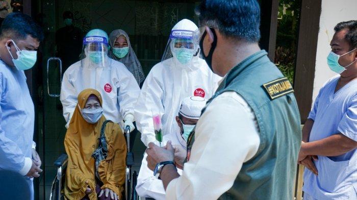 Pemkot Jambi Pulangkan Dua Pasien Sembuh Covid-19