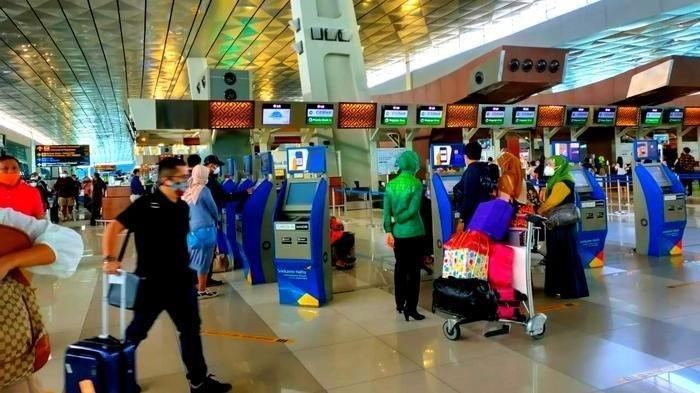 Libur Panjang, Bandara Soekarno Hatta Alami Lonjakan Penumpang Tertinggi Selama Pandemi Virus Corona