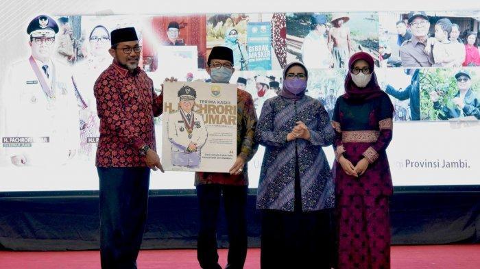 Sekda Sudirman dan Fachrori Umar beserta istri
