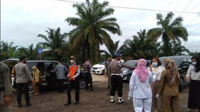 Sejumlah Pengendara Dihentikan dan Di-swab di Pospam Tebo-Batanghari