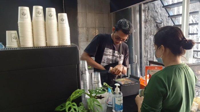 UMKM Jambi, Swarna Peace Coffee Shop Hadirkan Tempat Nongkrong Cozy