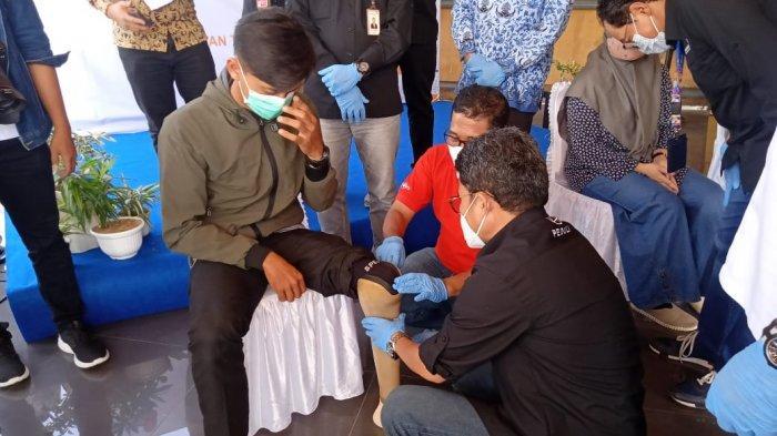Walikota Jambi Terima Bantuan Satu Unit Ambulance dari PT Angkasa Pura II