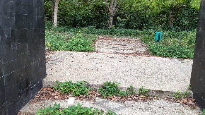 Taman Rajo Mudo yang letaknya di sebelah Bandara Baru Sultan Thaha Jambi