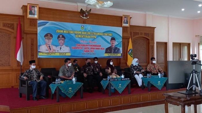 Kabupaten Tebo Dapat Penghargaan KLA Tingkat Pratama Bersama 5 Kabupaten Lainnya