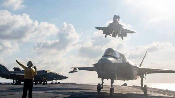 Kapal Induk Terbaru China Makin Garang dengan Munculnya Pesawat Siluman FC-31 Nongkrong di Dek Kapal