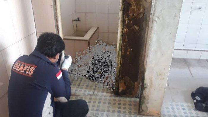 Temuan Mayat di Pijoan. Warga RT 18 Dusun Sungai Demayan Kelurahan Pijoan, Kecamatan Jaluko Kabupaten Muarojambi gegerkan penemuan mayat seorang paruh baya tergeletak di toilet Masjid.