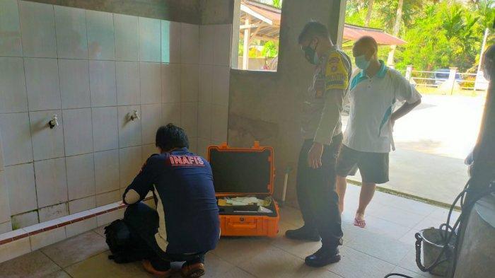 Mayat yang Ditemukan Tergeletak di WC Masjid oleh Warga di Kelurahan Pijoan, Ini Indentitasnya