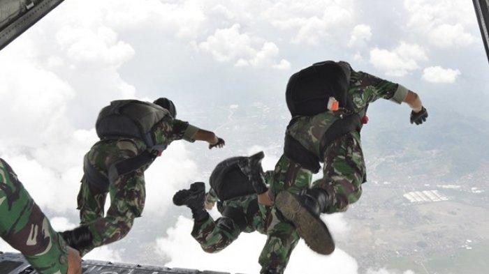Kala Prajurit Kopassus Lakukan Penyerbuan Udara di Padang saat Lawan PRRI Dalam Operasi Kilat