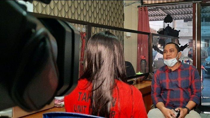 Wawancara Ekslusif dengan Gadis Cantik Tersangka Pemalsu Ijazah: 'Saya Rela Ambil Risiko'