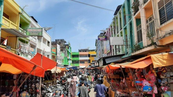 Tiga Hari Jelang Idul Fitri, Pasar di Kota Jambi Semakin Ramai