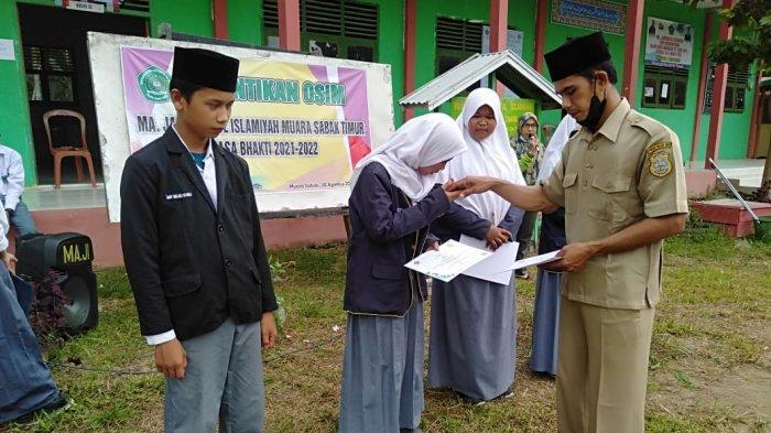 Tiga Siswi MAJ Muara Sabak Bersaing di Ajang KSM Hingga Lolos ke Tingkat Provinsi