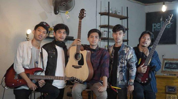 Home Recording AS Project Terbentuk dari Hobi Rekaman Putra dan Adi Saat Masih Mahasiswa