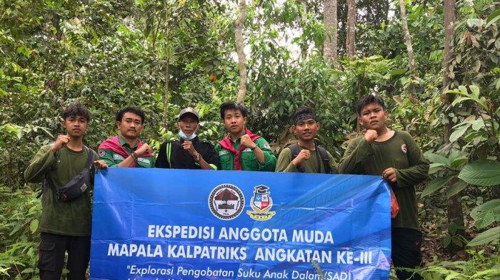 Prodi Farmasi dan Mapala Kalpatariks Unaja Lakukan Ekspedisi Hutan Adat Suku Anak Dalam