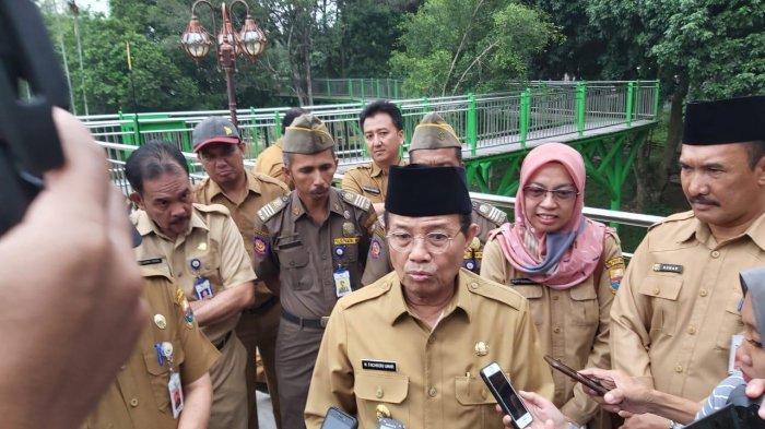 Tinjau RTH Taman Anggrek Sri Soedewi, Gubernur Fachrori Tegur Bawahan dan Kritisi Kondisi Jembatan