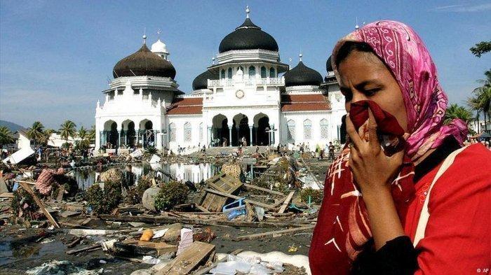 Dikira Meninggal Akibat Tsunami Aceh 2004, Pria Ini Bertemu dengan Anak dan Istri Setelah 16 Tahun