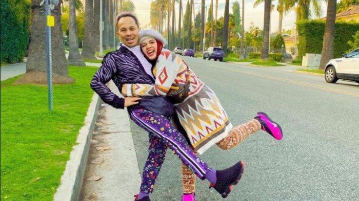 Lenggogeni Faruk dan Suaminya