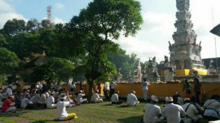 Sama-Sama Hari yang Disucikan Umat Hindu, Ini Perbedaan Hari Raya Galungan dan Hari Raya Kuningan