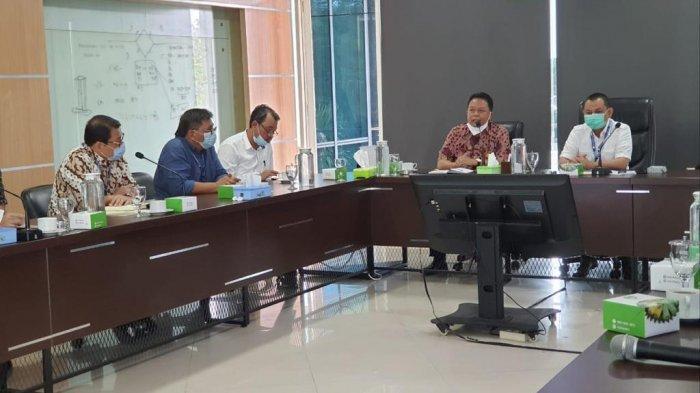 Universitas Jambi kunjungi PT.Perkebunan Nusantara VI guna Memperpanjang kerjasama tentang Colaboration Research Center (CRC) yang berjudul Manajement Experiment On Oil Palm Plantation, Kamis (21/1/2021)