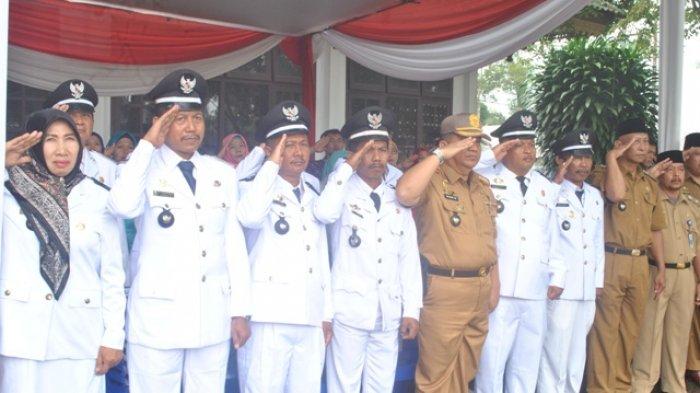 Kades Simpang Sei Duren Ikuti Upacara HUT ke-72 RI di Jaluko