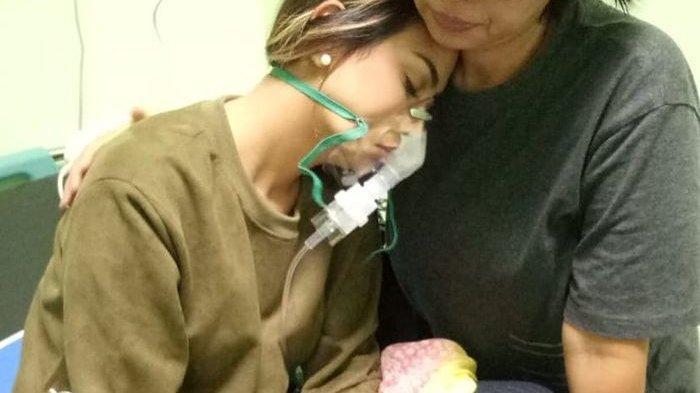 Keadaan Vannesa Angel Belum Pulih, Masih di Rawat menggunakan Infus dan Alat Bantu Nafas