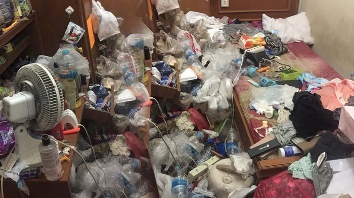 FOTO Viral Kondisi Kamar yang Dipenuhi Sampah, Disebut Hoarding Disorder, Terungkap karena Hal Ini