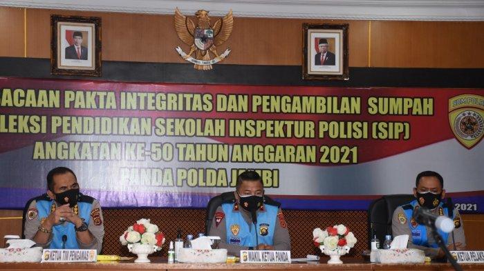 Brigjen Pol Yudawan R memimpin Acara Pengambilan Sumpah dan Penandatanganan Pakta Integritas Panitia dan Peserta Seleksi SIP Angkatan Ke-50 T.A. 2021