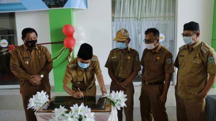 Wali Kota Sungaipenuh AJB Resmikan Gedung RSUD H Bakri
