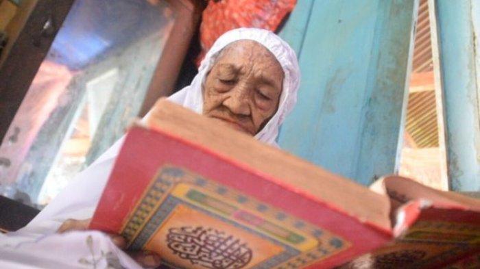 Berusia 110 Tahun, Nenek 9 Cucu dan 12 Cicit di Sulawesi Tenggara Tetap Sholat 5 Waktu dan Mengaji