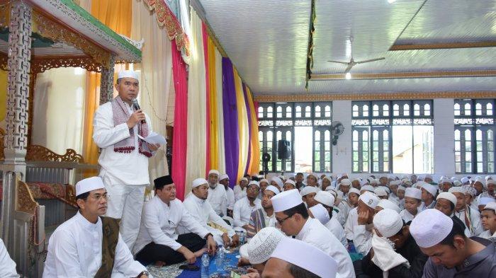 Bersama Ribuan Peziarah, Syarif Fasha Hadiri Haul Al-Habib Husein Bin Ahmad Baraqbah