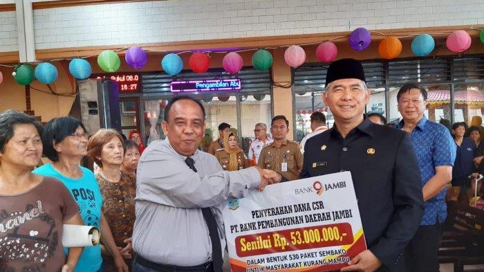 Walikota Fasha Bantu 530 Paket Sembako Ke Warga Tionghoa dan Umat Budha di Jambi