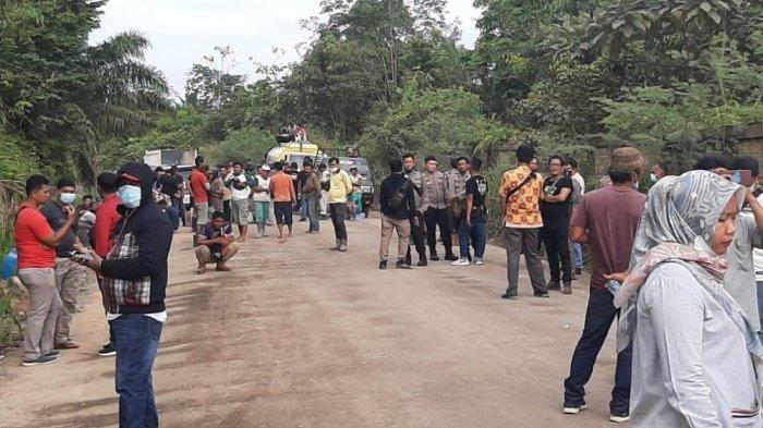 Kasus Pengrusakan Mobil Wartawan di Bungo, Polisi Lakukan Olah TKP