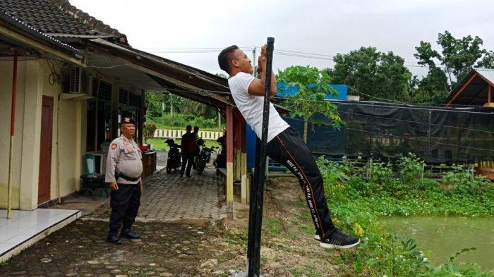 Kisah Jeni Warga SAD Pamenang, Lulus Polisi Berkat Binaan Anggota Bhabinkamtibmas, Teruskan Jejaknya