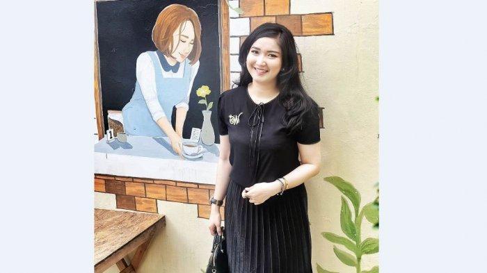 Winda Khair menikah dengan perwira TNI dan 'pensiun' dari dunia artis.