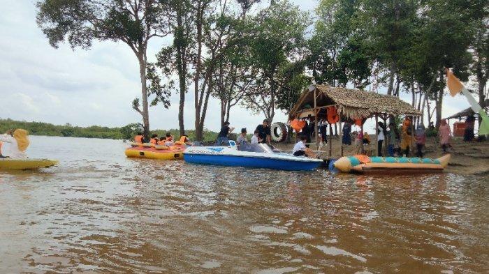 Wisata Danau Tangkas Belum Lama Ini Diresmikan, Mampu Meraup PAD Desa Mencapai Ratusan Juta