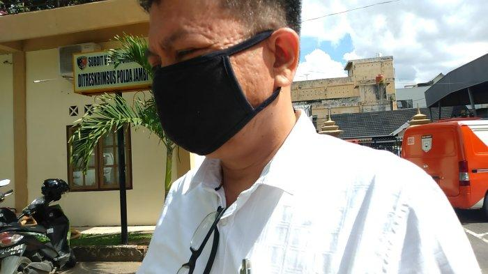 Diperiksa KPK di Polda Jambi, Wiwid Menghindar Dari Wartawan, 'Saya No Comment'