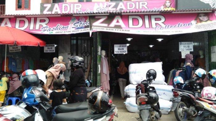 Jelang Idul Fitri Zadir Hijab Kebanjiran Pembeli