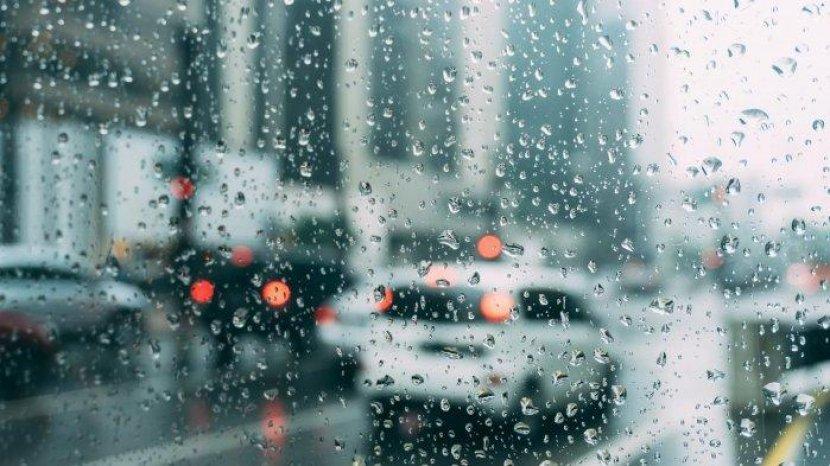 20072020_hujan.jpg