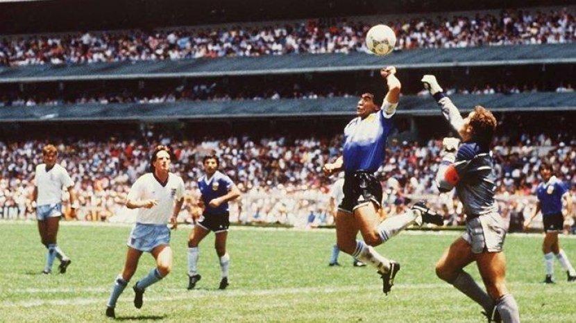 gol-tangan-tuhan-diego-maradona.jpg