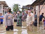 08052020_walikota-jambi-dan-kapolresta-jambi-meninjau-lokasi-banjir.jpg