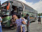 08062019_bus-di-terminal-sribulan-sarolangun.jpg