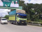 31052019_truk-angkutan-barang.jpg