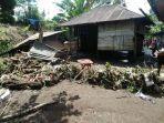 air-dan-lumpur-masuk-ke-rumah-diterjang-banjir-bandang-3-rumah-di-kerinci-rusak.jpg